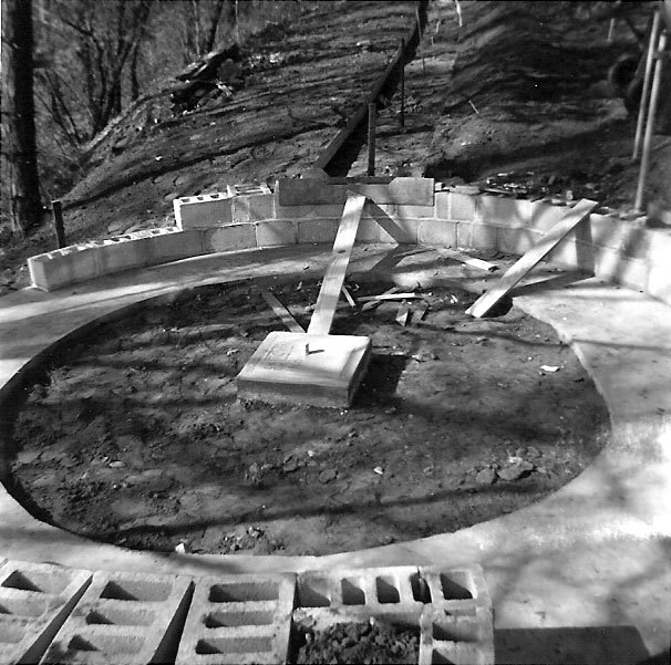 1-1960_May-AVRR-turntable-nearly-completed.jpg