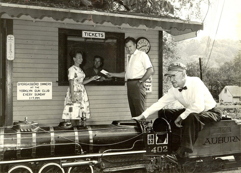 1-Tom--and-Clarence-with-402-@-West-Yorklyn-ticket-station,-1964-jp.jpg
