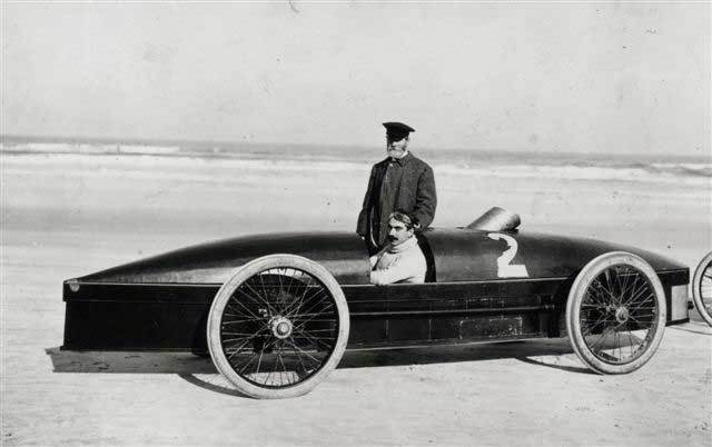 F.E. Stanley with Fred Marriott and Racer
