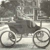 ca-1897-Stanley-Twins-in-first-car-wp.jpg
