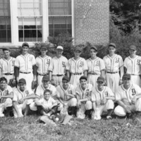 1948 Yorklyn Baseball Team Courtesy John R Harrison web.jpg